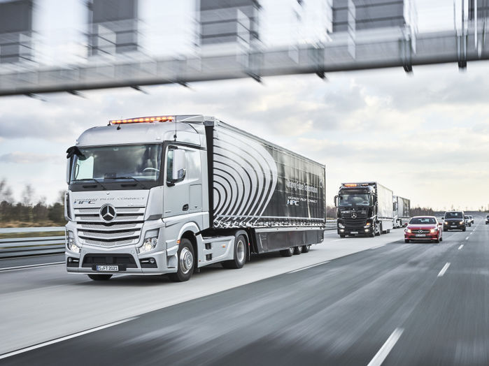 Daimler AG - Campus Connectivity - Daimler Connected Trucks